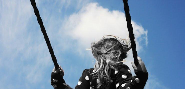 Dzieciaki na fejsie, czyli o fanpejdżach żłobków, przedszkoli i szkół
