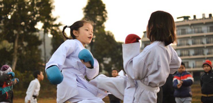 Wysyłasz dziecko na trening fighterski? Nie możesz zapomnieć o ochraniaczach!